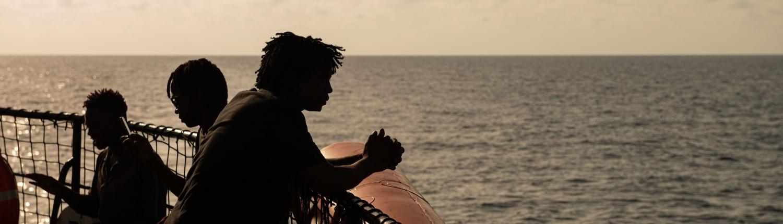 Geflüchtete an Bord der ALAN KURDI
