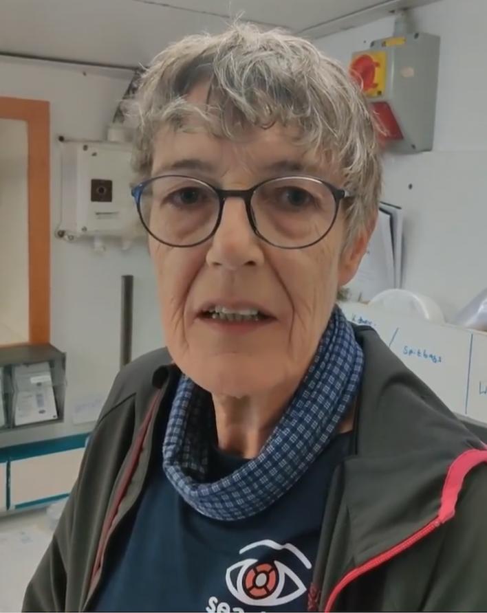 Barbara auf der ALAN KURDI