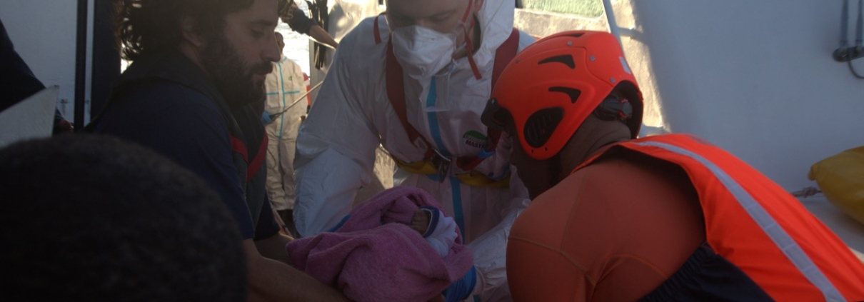 Evacuation of a baby from ALAN KURDI