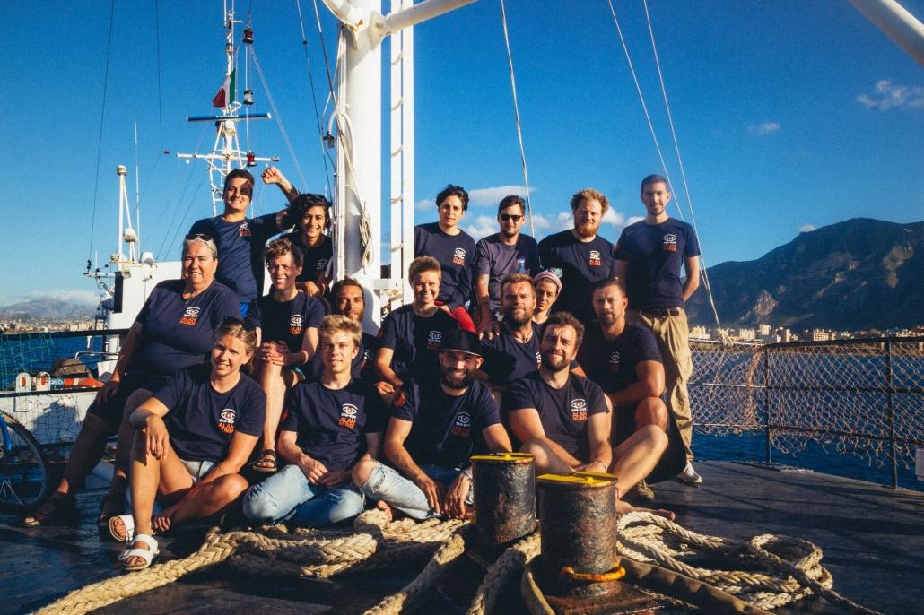 Crew der ALAN KURDI in Palermo