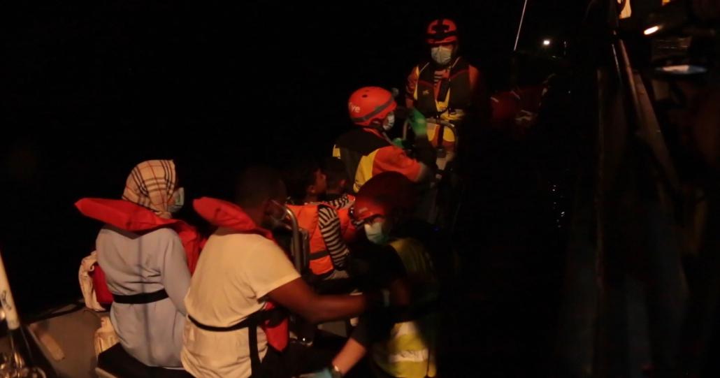 Evakuierung bei Nacht